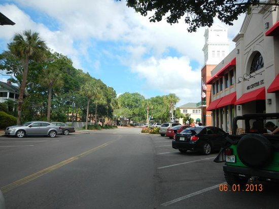 Blue Heron Inn - Amelia Island: Center Street Shops