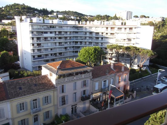 Ibis Cannes Plage La Bocca : View from my room