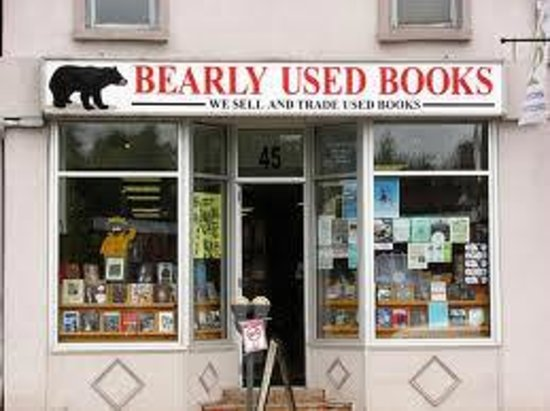 ‪Bearly Used Books‬