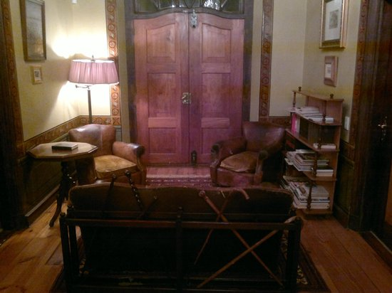 Dutch Manor Antique Hotel : Photo by Character Stay