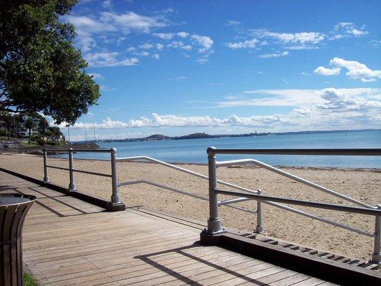 St. Helier's Bay: Beautiful Bay