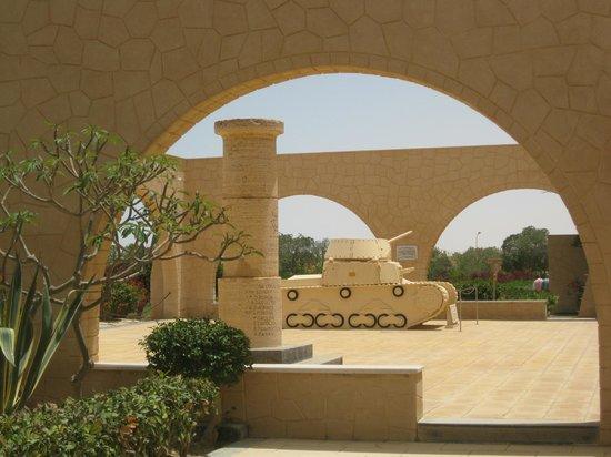 El Alamein照片