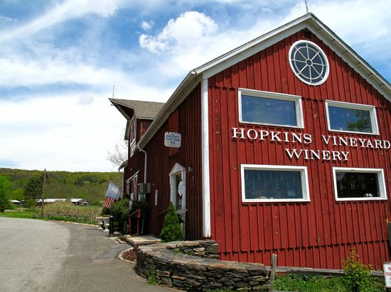Hopkins Vineyard: The Hopkins tasting room
