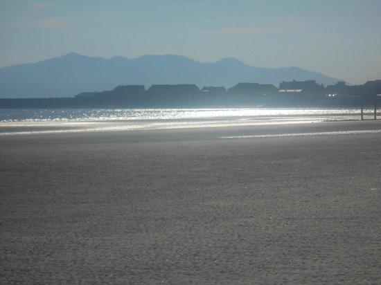 Sandylands Holiday Park - Park Resorts: beach