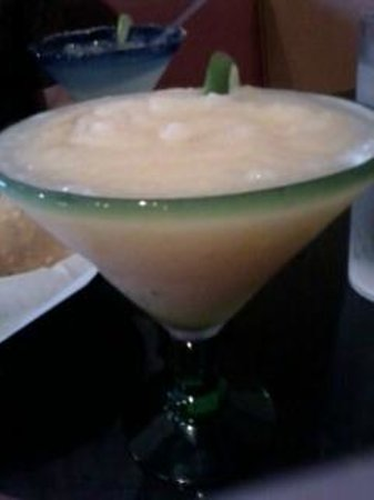 Botanas Premier Mexican Restaurant and Bar: Peach Margarita