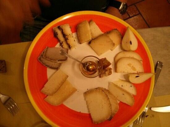 L'Officina del cacio: Gran misto di formaggi