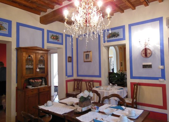 Albergo Il Rondo: The dining room.