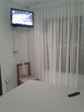 Hotel Ricadi: la tele