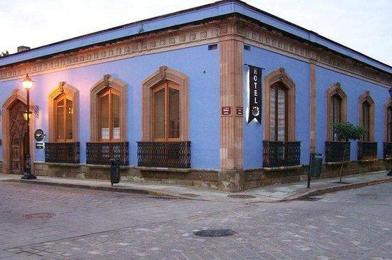 Casa de Sierra Azul: fachada