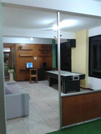 Hotel Ricadi: la computadora y el tejo