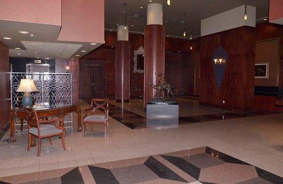 Executive Airport Plaza Hotel & Conference Centre Richmond: Lobby area