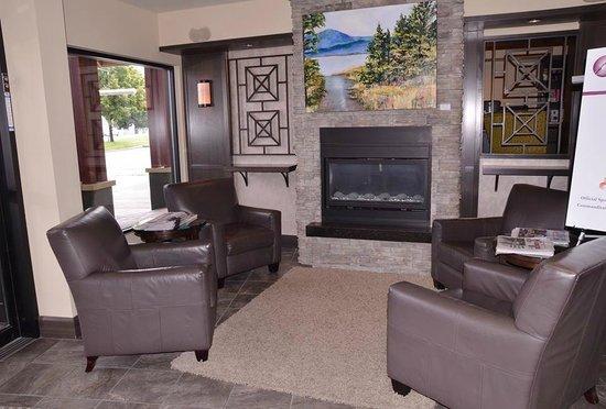Ramada Penticton Hotel & Suites : Lobby area
