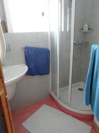 Apart'Observatoire Saint Jean: Cote Oust bathroom