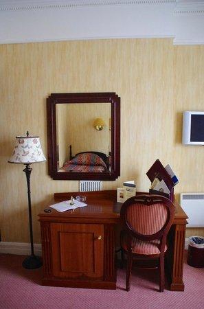 Wynn's Hotel: habitación