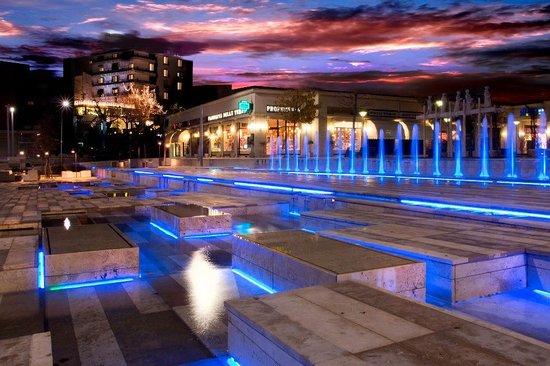 Hotel Garden: Piazza Italia