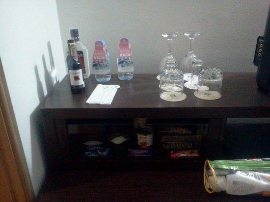 Hotel Parque 97 Suites: Frigobar