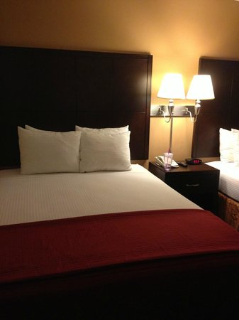Alpine Inn : beds