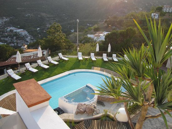 De Cantera y Plata Hotel Boutique: looking down on the pool area