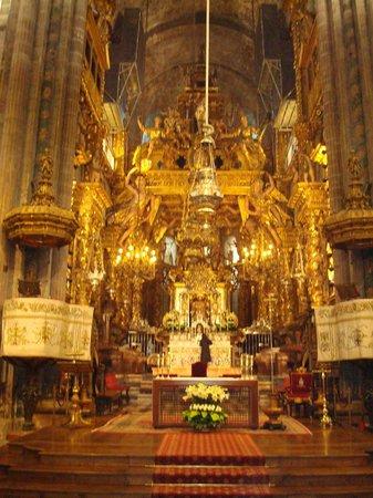 Dentro da basilica picture of cathedral of santiago de - Interior santiago de compostela ...
