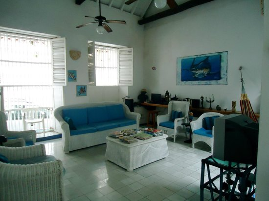 Casa de la Chicheria: living room