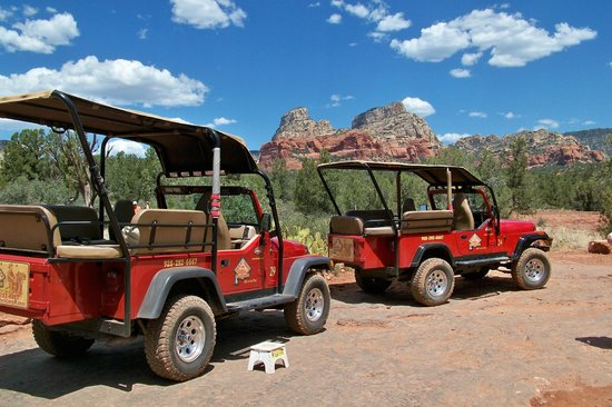 Charming Red Rock Jeep Tours: Money Shot