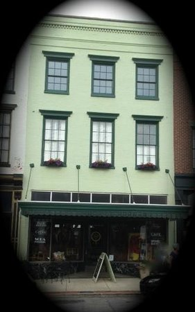 Kentucky Fudge Company: Old Drugstore on Main Street