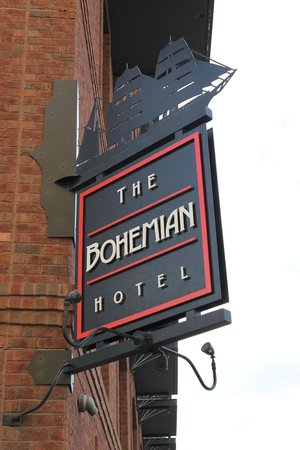 The Bohemian Hotel Savannah Riverfront, Autograph Collection: River Street