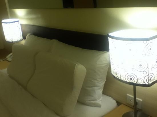 Go Hotels Otis-Manila Foto