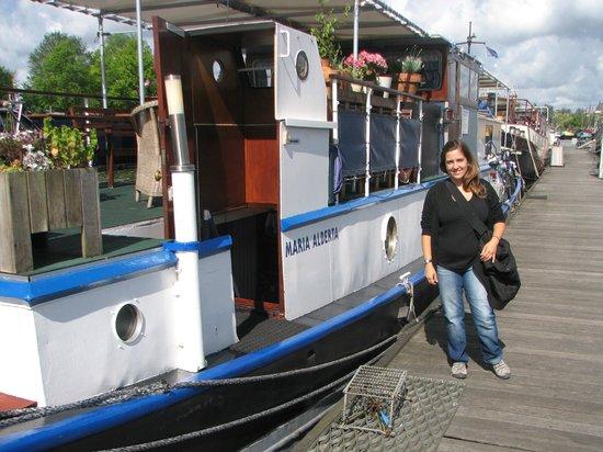 Maria Alberta: bonito barco!!!