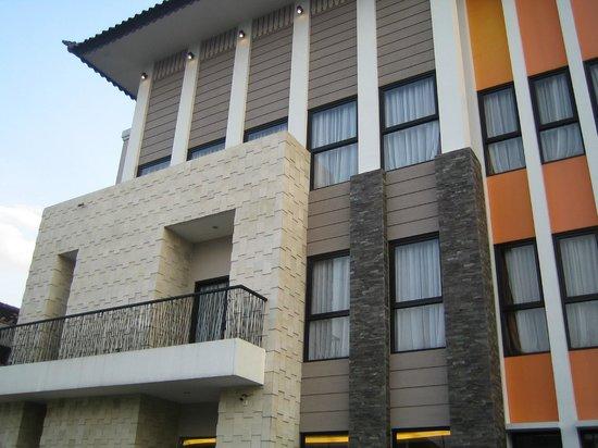 Hotel Jentra Dagen : Hotel building