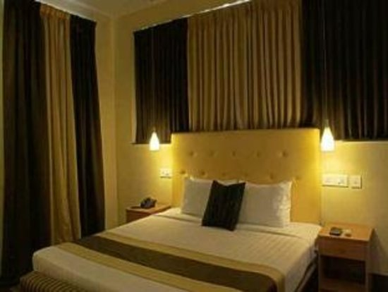 Step Inn Serviced Apartments: Room