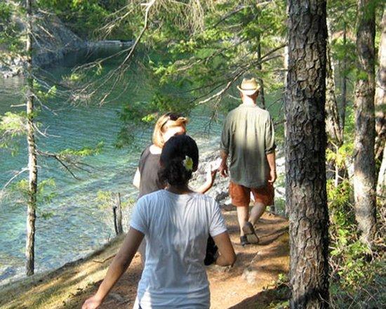 Francis Point B&B: Hike Francis Point Provincal Park