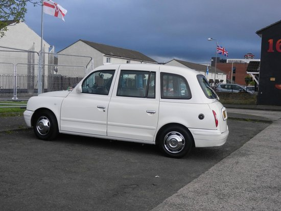 Official Black Taxi Tours Belfast