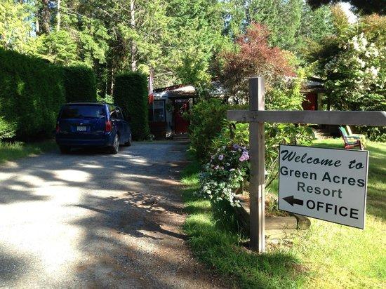 Green Acres Lakeside Resort Salt Spring Island: Green Acres office