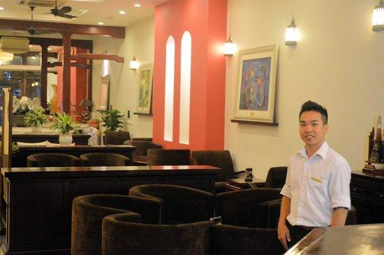 La Dolce Vita Hotel: Bar