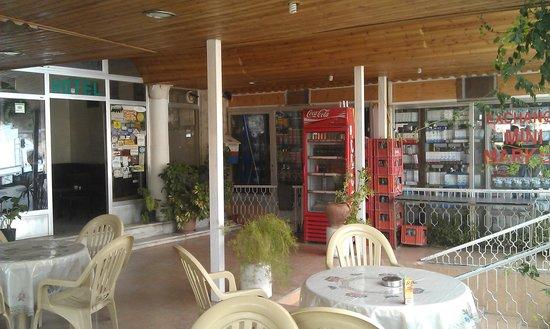 Mussa Spring Hotel : Main enterance