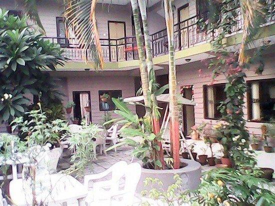 Hotel Travel-Inn: lakeside