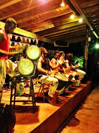 Seastar Inn: African drum