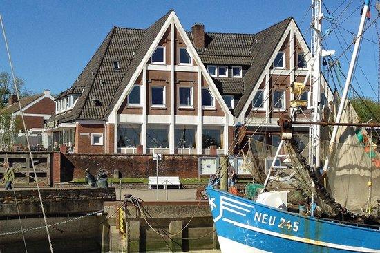Mingers Hotel: Ansicht von der Hafenseite