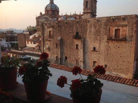 Hotel Mi Casita: Añade un título
