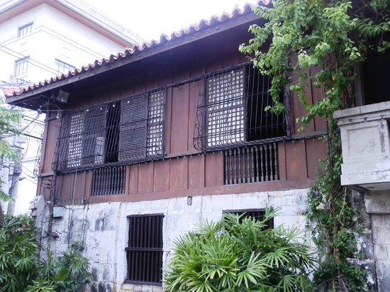 Museo Casa Gorordo: The second floor of the house which is built from hardwood