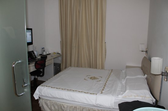 Jayleen 1918 Hotel: Room