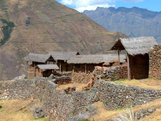 Peru Adventures Paradise Private Day Tours: Old Pisac