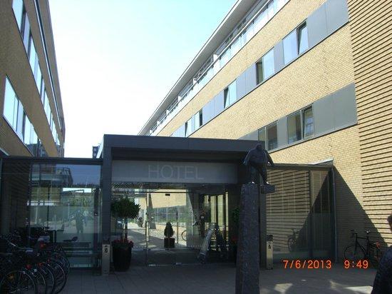 DGI-byens Hotel: ingresso reception