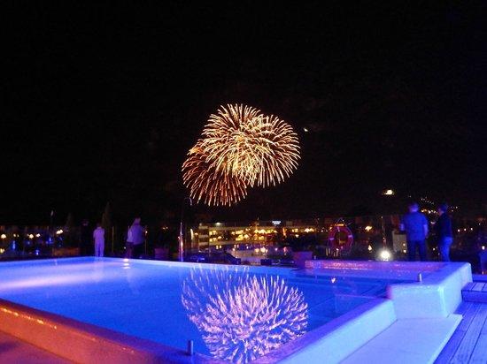 Hotel Kristal Palace - Tonelli Hotels: Fireworks!