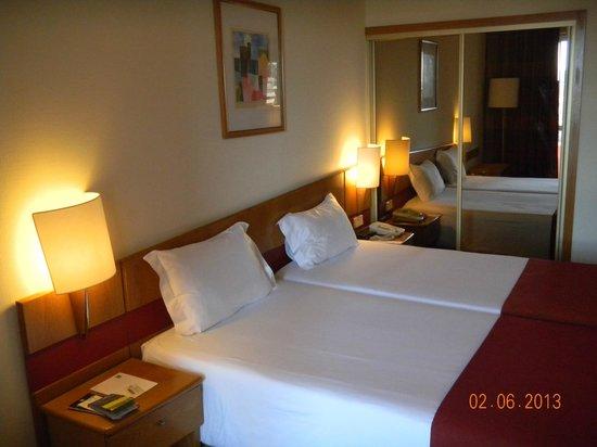 Quality Inn Porto : chambre 520