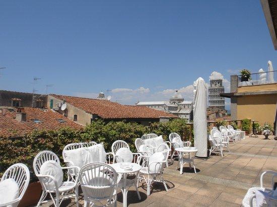Grand Hotel Duomo : Terrazza con vista