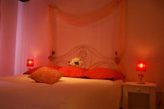 La Taverne des Templiers : chambre romantique