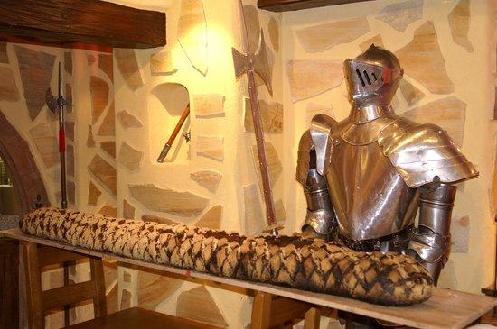La Taverne des Templiers : pain de 2,50 metres