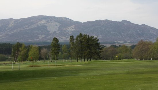 Newtonmore Golf Club: Highlands Golf in Spey Valley Inverness